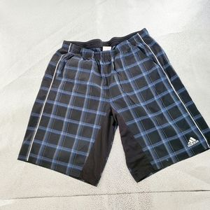 Men's size large athletic shorts